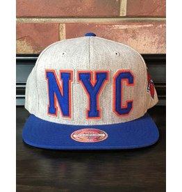 Mitchell & Ness NEW YORK KNICKS RETAGGIO 110FLEX SNAPBACK
