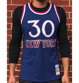 Mitchell & Ness NEW YORK KNICKS BERNARD KING HARDWOOD CLASSIC SWINGMAN JERSEY