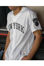 Mitchell & Ness WHITE NEW YORK KNICKS NBA MESH BUTTON FRONT