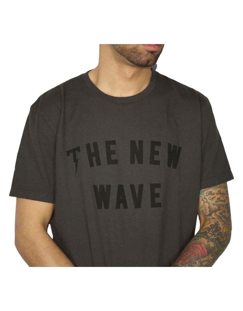 TACKMA BLACK NEW WAVE TEE