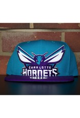 Mitchell & Ness CHARLOTTE HORNETS CROPPED XL LOGO SNAPBACK
