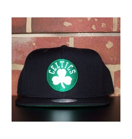 Mitchell & Ness BOSTON CELTICS WOOL SOLID SNAPBACK
