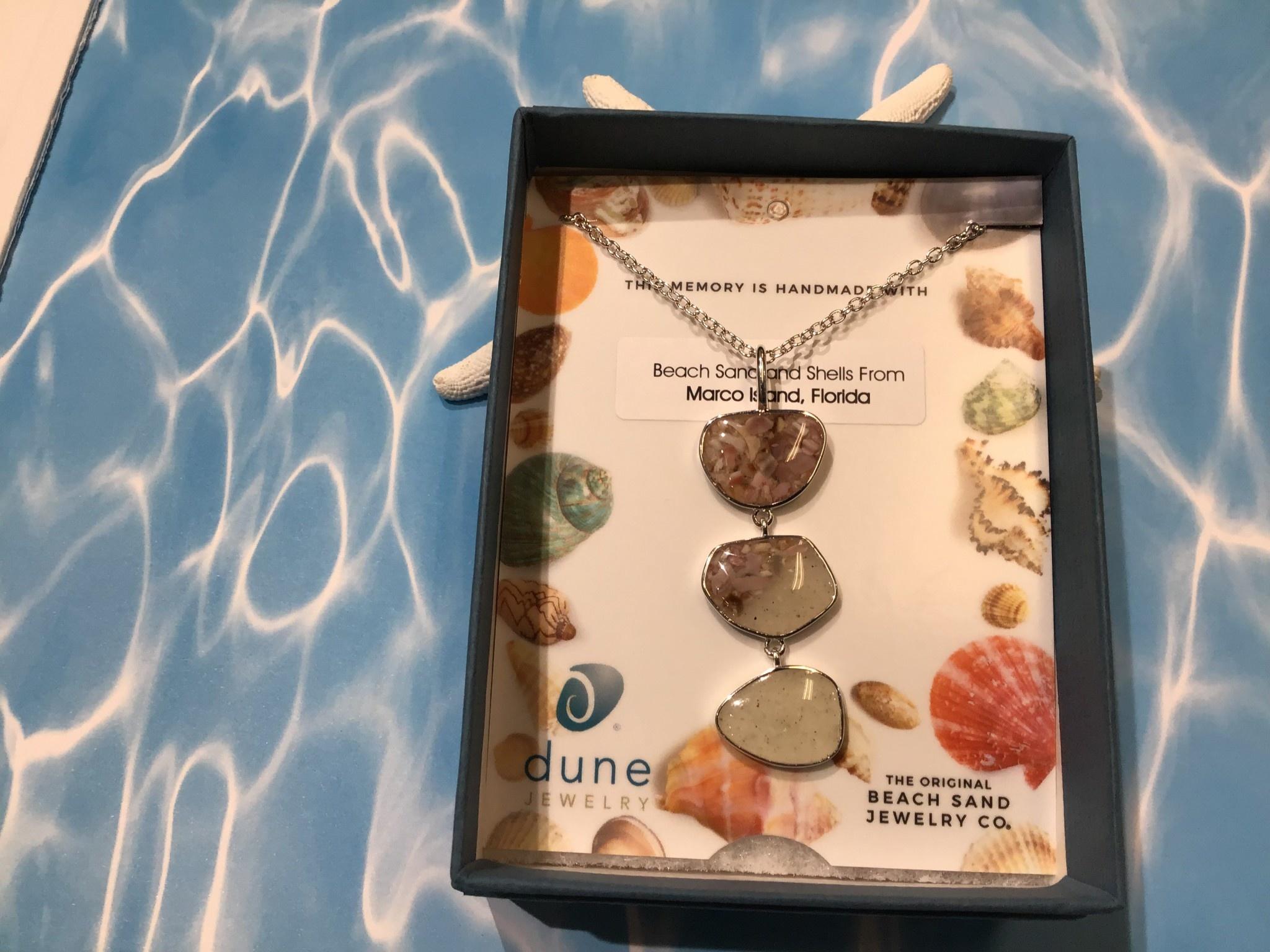 B Triple Drop Necklace Gradient Shells