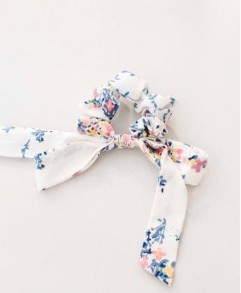 Serendipity White Branch Floral Scrunchie
