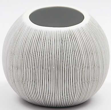Art Floral Trading Pettra Vase Small - B&W Vertical