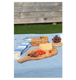 Scents & Feel Olive Wood 15.5in Medium Cutting Board