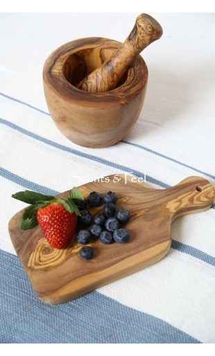 Scents & Feel Olive Wood 9in Small Cutting Board