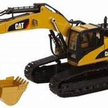 CAT Diecast Masters CAT 1/20 Scale RC 330D Hydraulic Excavator DCM28001