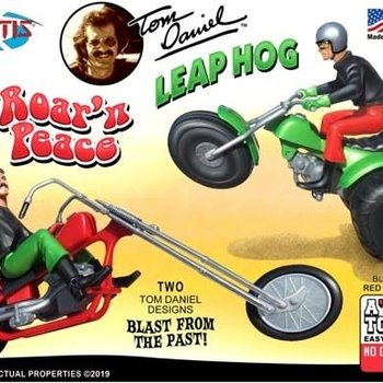 ATLANTIS 1/32 Tom Daniel's Roar' N Peace Motorcycle & Leap Hog 3-Wheeler (Snap) (formerly Monogram)
