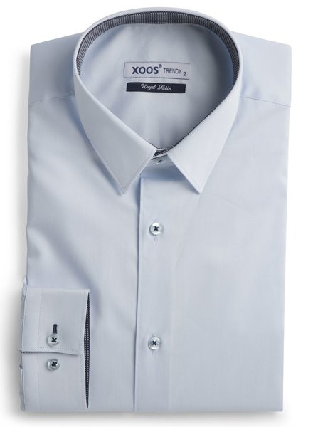 XOOS Men's light blue fitted shirt and navy print lining