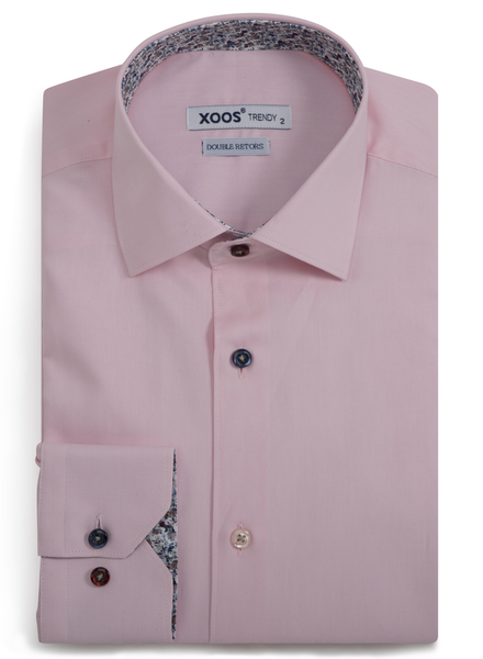 XOOS Men's pink fitted dress shirt floral lining and matching colored buttons (Double Twisted)