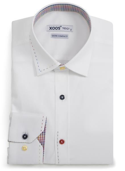 XOOS Chemise homme blanche doublure à carreaux surpiqûres et boutons colorés