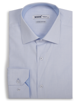 XOOS Men's light blue woven patterned fitted dress shirt (Double Twisted)