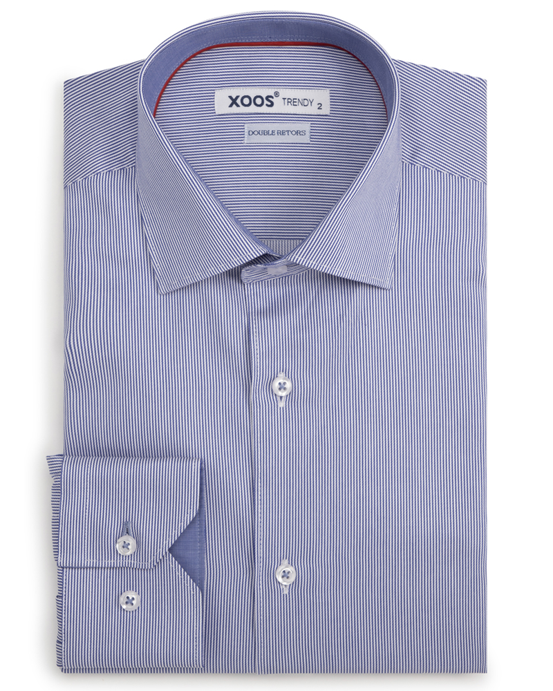 XOOS Men's blue striped and fitted dress shirt with red braid