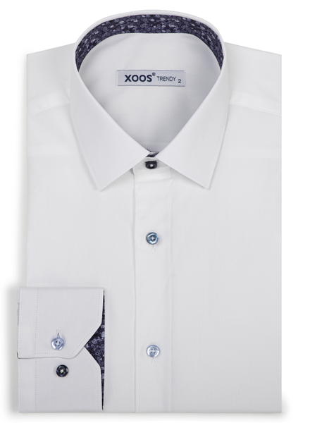 XOOS Men's white dress shirt with dark blue floral lining and colored buttons