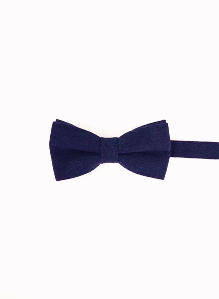 Caviar indigo blue bow tie