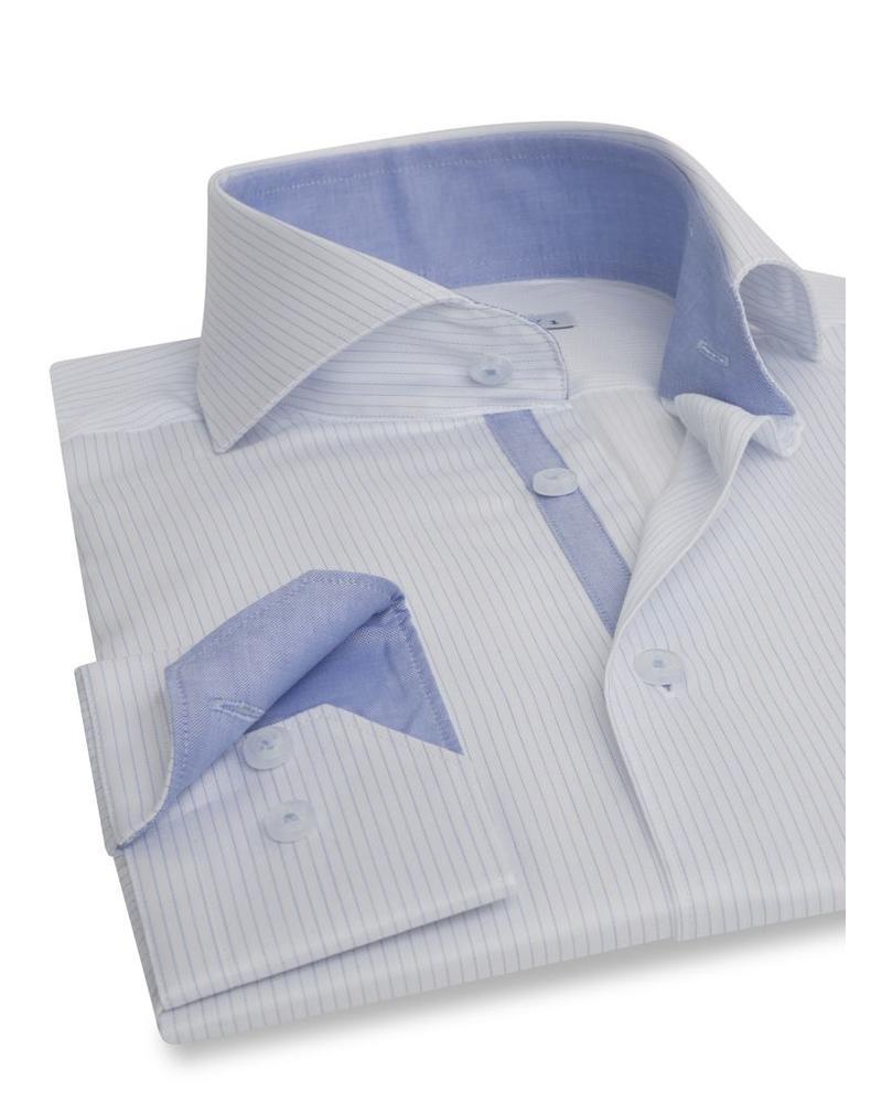 XOOS Chemise homme blanche à fines rayures bleu ciel