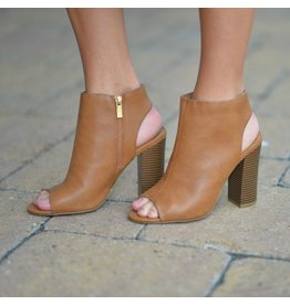 Shoes 54 Step By Step Tan Block Heel