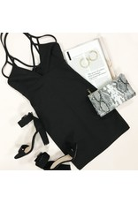 Dresses 22 Night Essential LBD