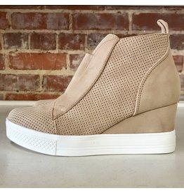Shoes 54 Serita Suede Beige Wedge Sneaker