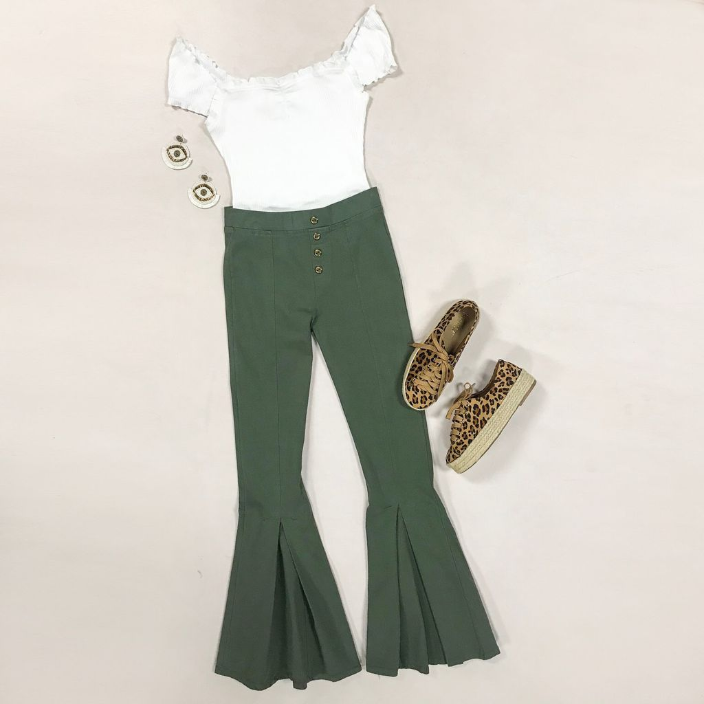 Pants 46 Move Freely Olive Button Front Flares