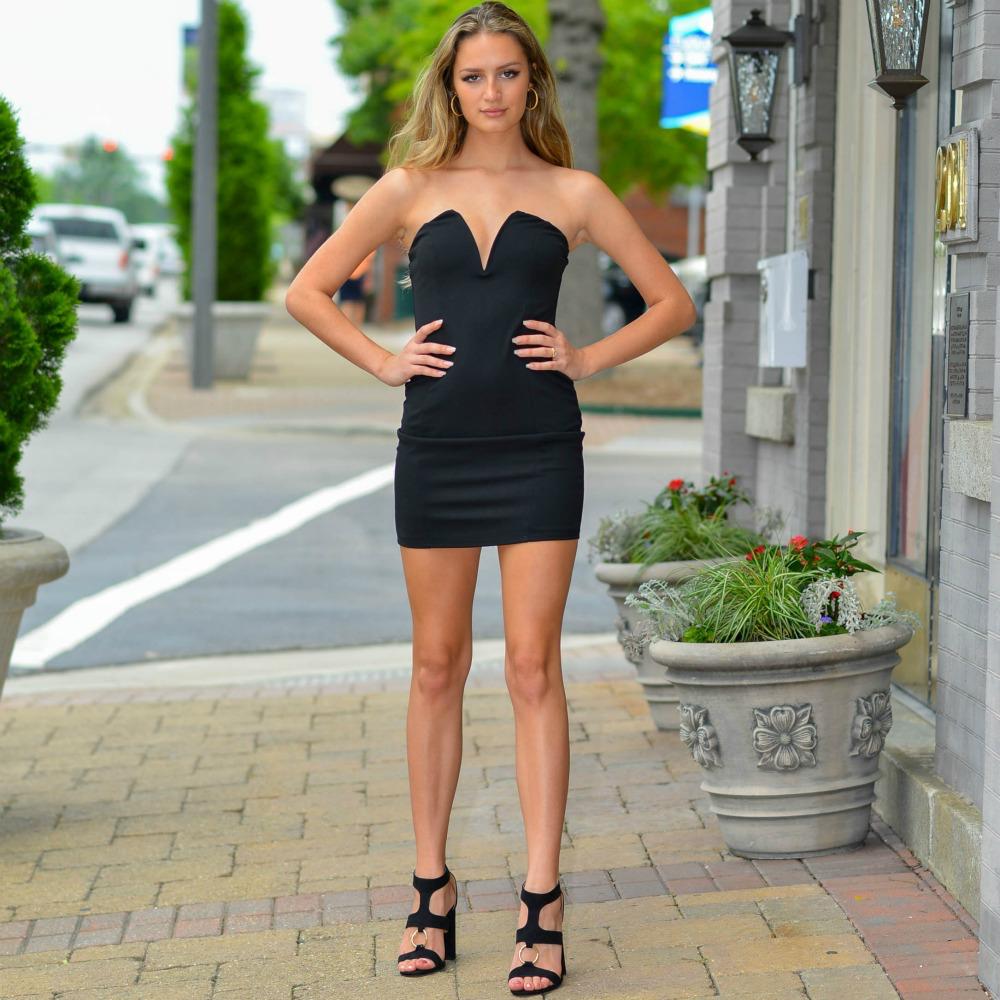 Dresses 22 Night To Remember Deep V LBD