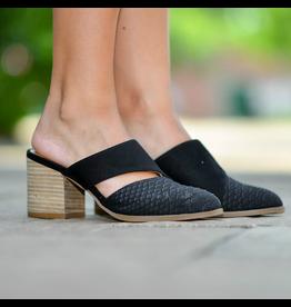 Shoes 54 Take A Turn Snake Texture Heeled Black Slide