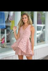 Dresses 22 Summer Romance And Lace Blush Dress