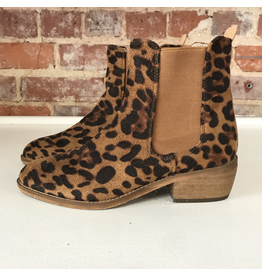 Shoes 54 Leopard Love Boot