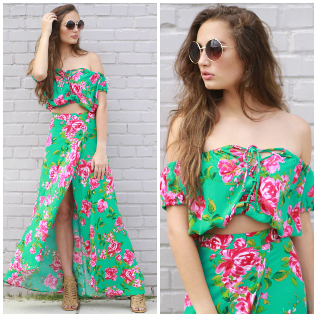 Tops 66 Island Time Floral Top