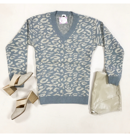 Tops 66 Get Spotted Grey/Beige Leopard Sweater