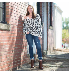 Tops 66 Soft Spotted Leopard Sweater