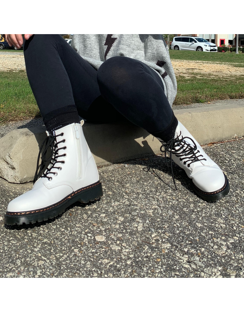 Shoes 54 White Lace Up Boot