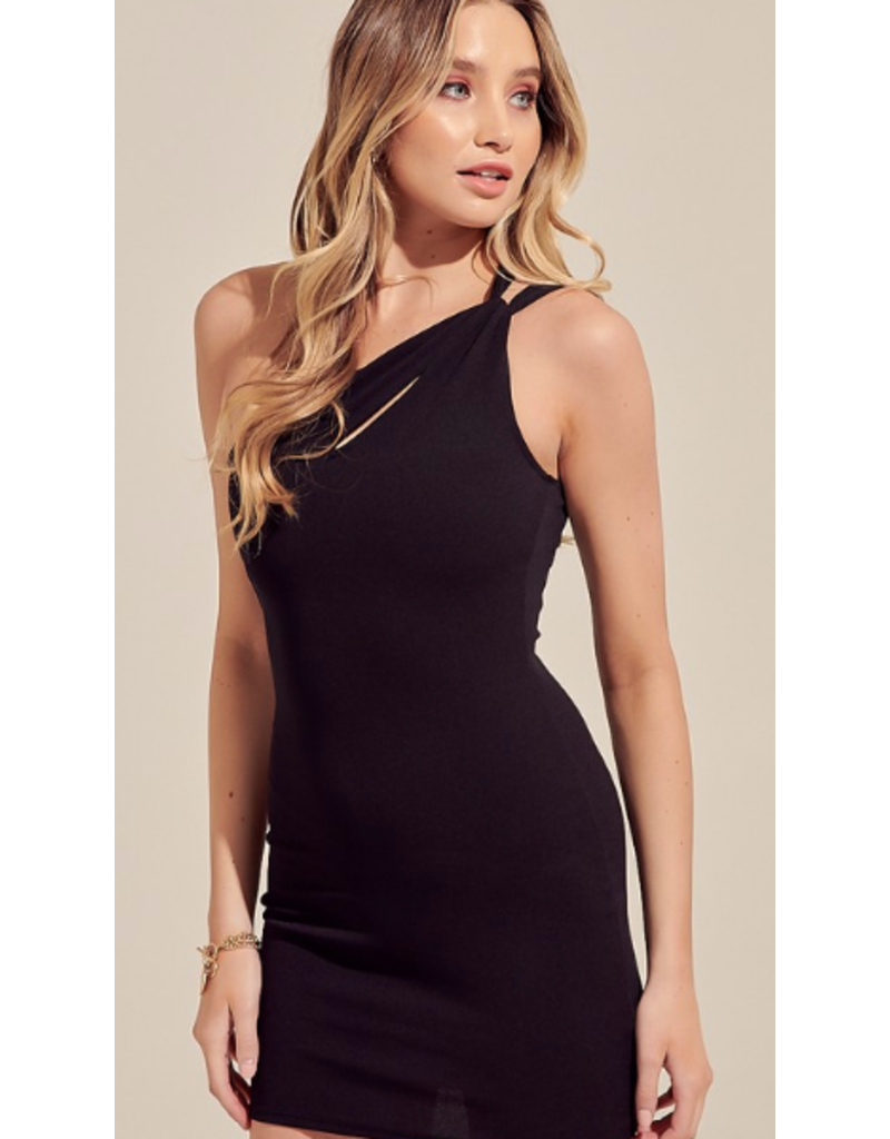Dresses 22 Your Moment LBD