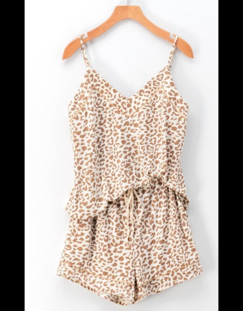 Shorts 58 Love Me Beige Leopard Shorts