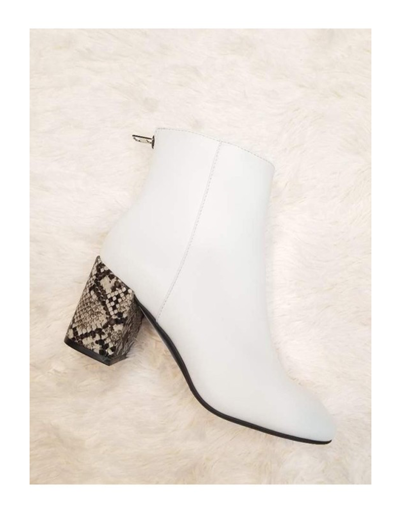 Shoes 54 White and Snake Heel Boots