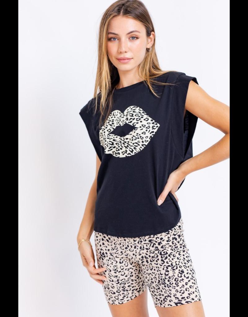Tops 66 Cheetah Lips Tee