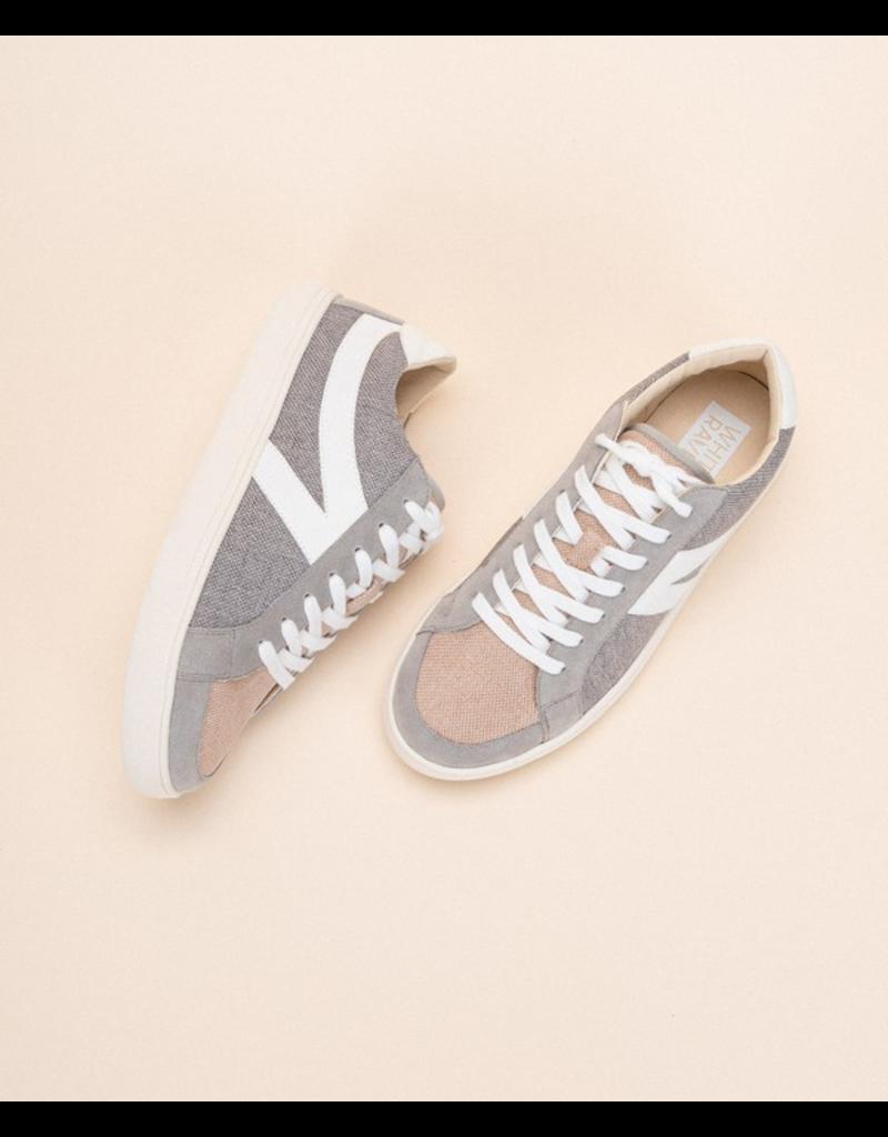 Shoes 54 White Raven Sneaker