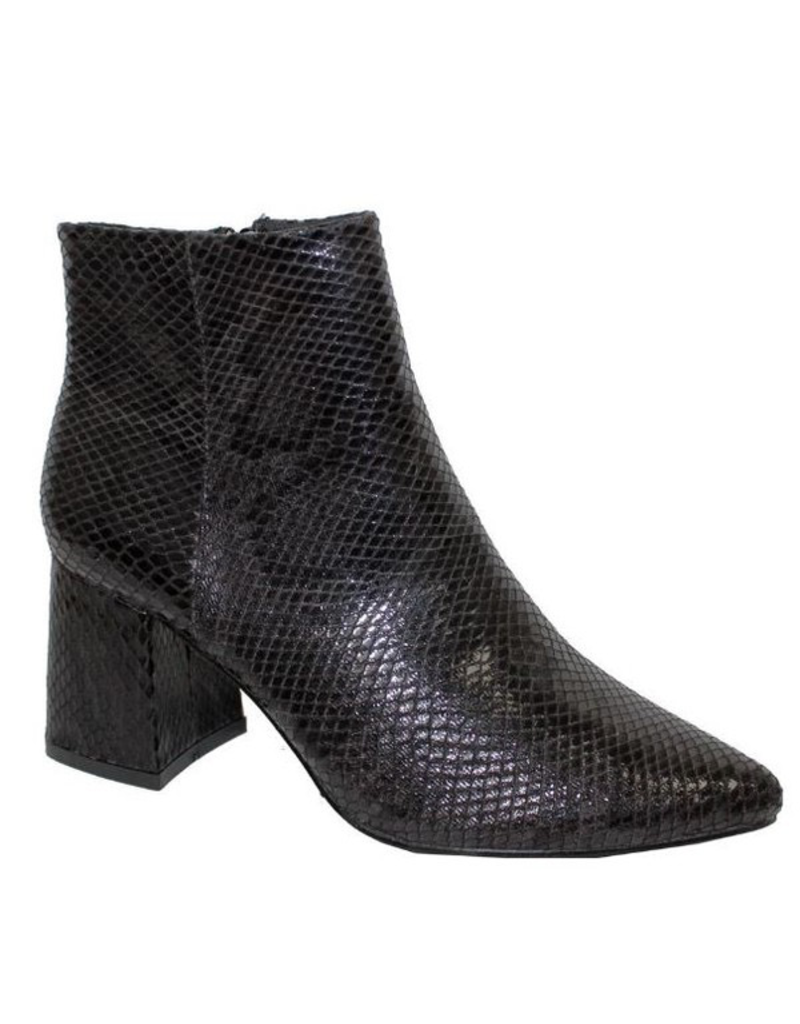 Shoes 54 Black Snake Texture Bootie