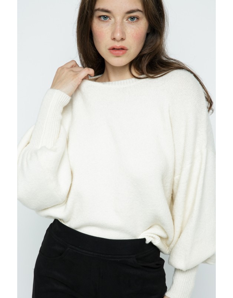 Tops 66 Bubble Sleeve Sweater
