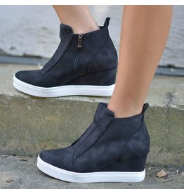 Shoes 54 Serita Suede Black Wedge Sneaker