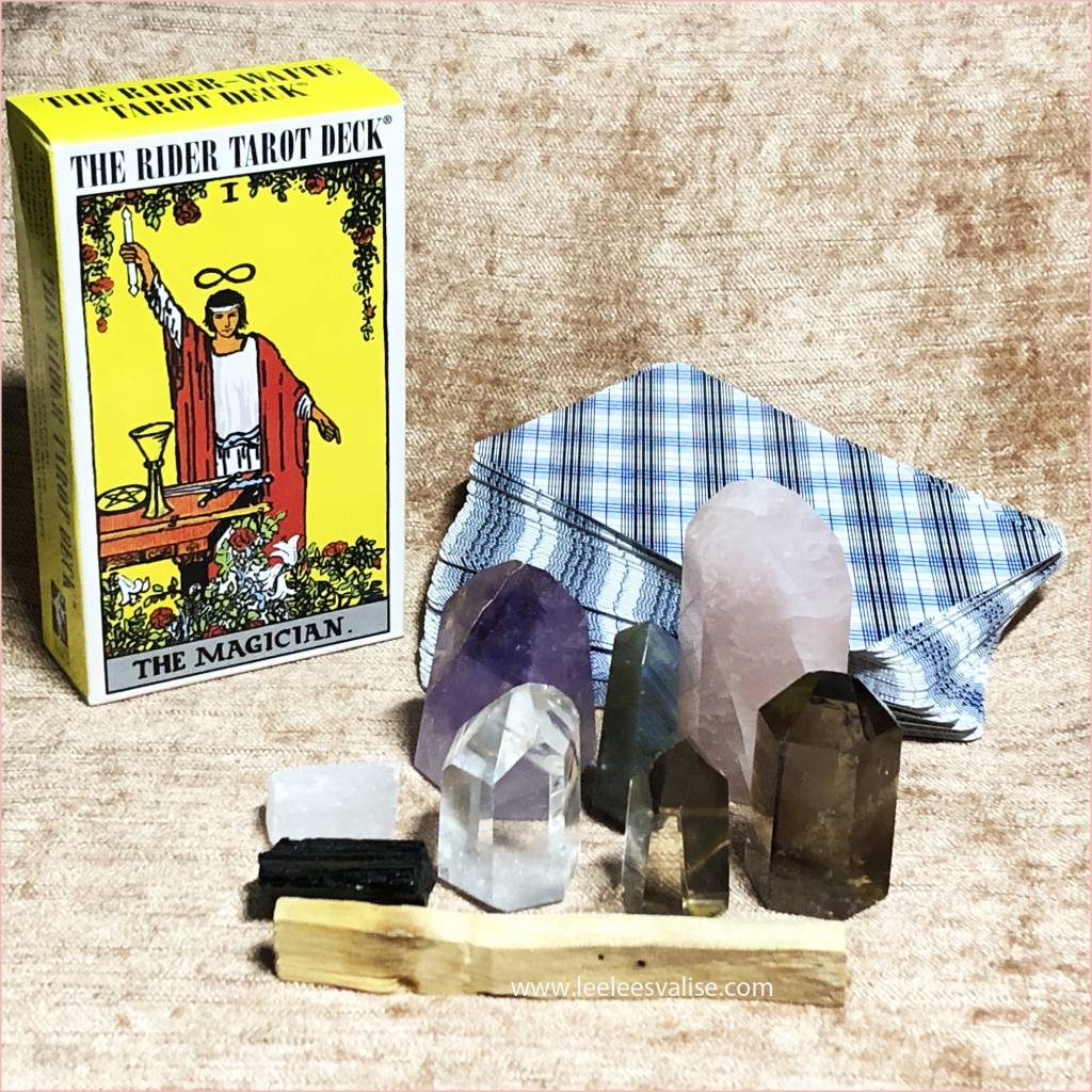 """Tarot Deck with Grade """"A"""" Quality Crystals Starter Kit"""