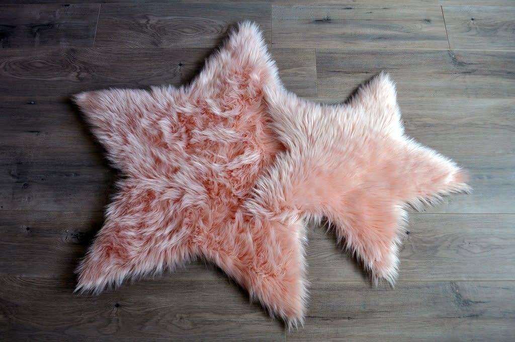 Kroma Carpets Faux Sheepskin Star Blush Rug Large