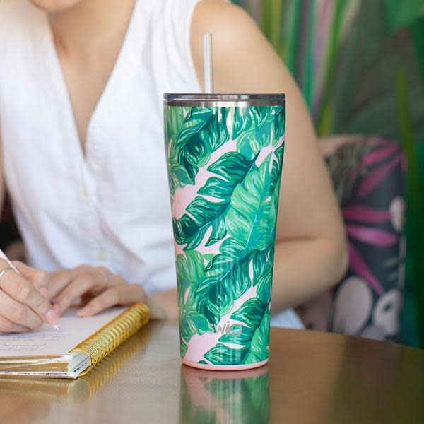 Swig Life 32 oz Tumbler- Color Swirl Signature