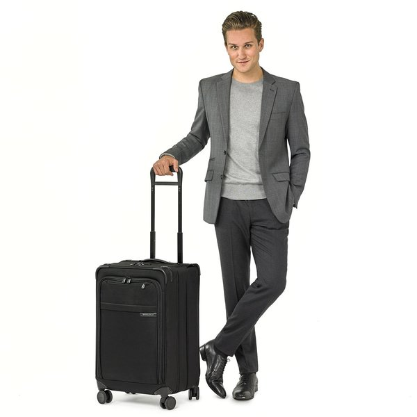 BRIGGS & RILEY BASELINE EXPANDABLE TRUNK SPINNER MED (UT125CXSP-4) BLACK