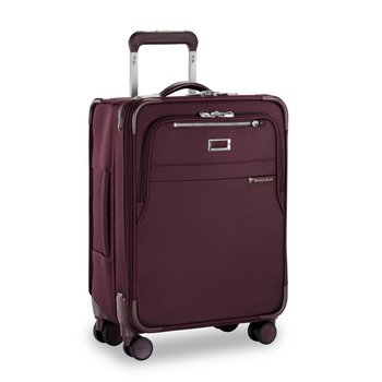 BRIGGS & RILEY BASELINE PLUM INTERNATIONAL CARRY-ON WIDE BODY SPINNER (U121CXSPW-64)