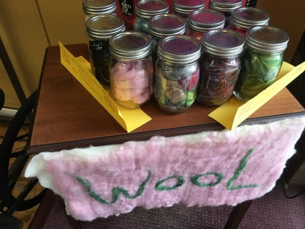 2 Ounces Wool with Jar