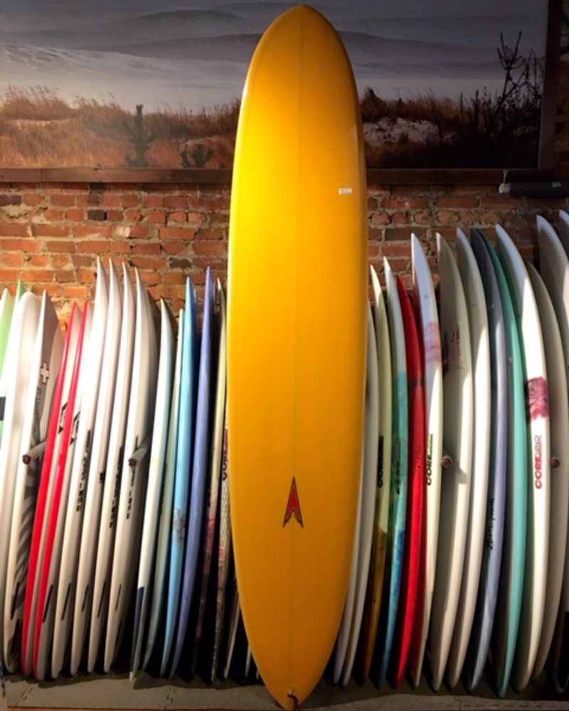 USED 9FT DAVE SWEET YELLOW LONGBOARD ( CHRIS CAHN )