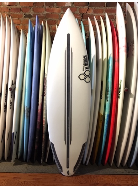CHANNEL ISLANDS 6'0 19 3/8 2 1/2 CHANNEL ISLANDS BLACK & WHITE SPINE TECH