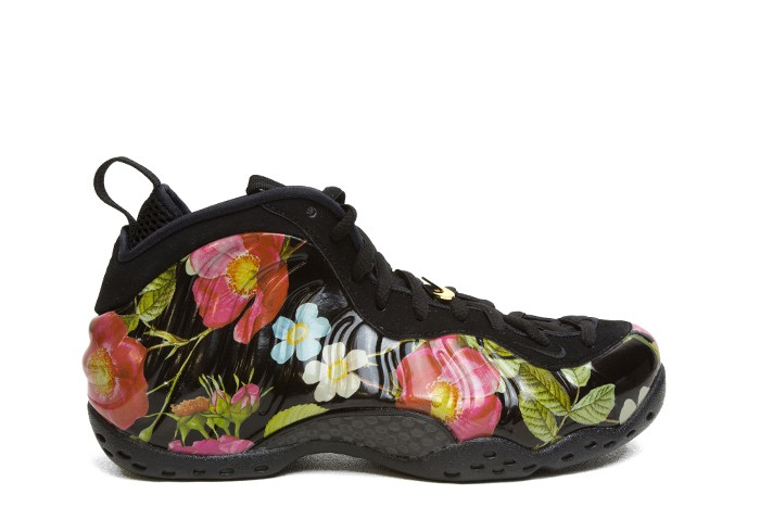 b8e87416904 W AIR FOAMPOSITE ONE FLORAL BLACK METALLIC GOLD - 1985 Gallery